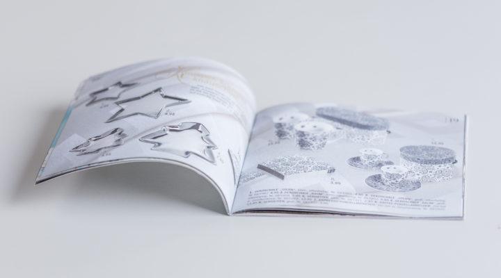 Prospekte und Broschüren